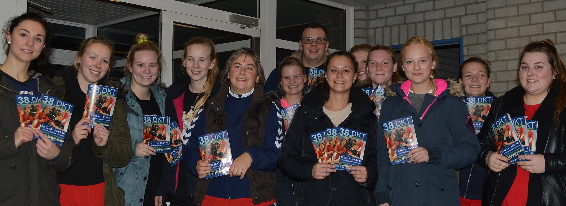 Handballerinnen verteilten DKT-Hefte – Handball Havixbeck